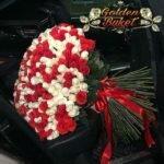 Букет из 101 белых и красных роз